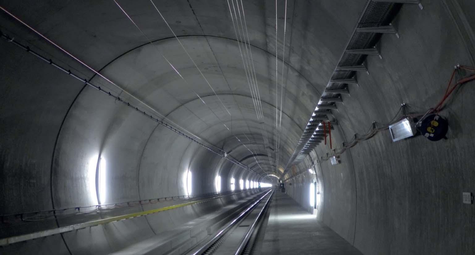 Gotthard_Tunnel